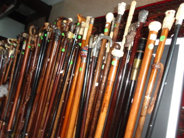 A Santa Monica Private Cane Collection - 15140.jpg