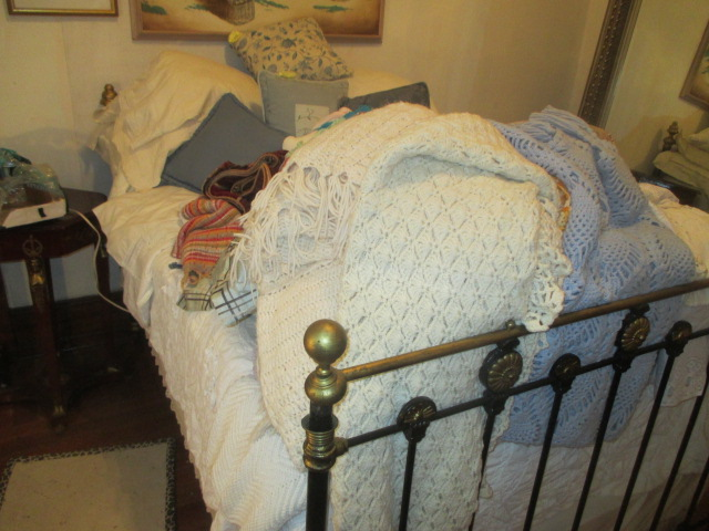 Large Antiques Living Estate Auction, Bristol TN - IMG_1030.JPG
