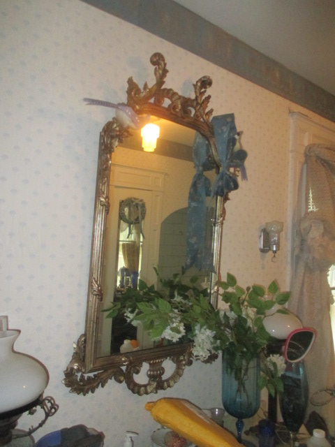 Large Antiques Living Estate Auction, Bristol TN - IMG_1048.JPG
