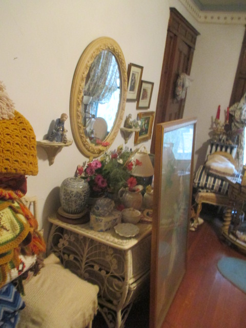 Large Antiques Living Estate Auction, Bristol TN - IMG_1065.JPG