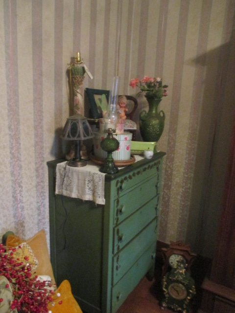 Large Antiques Living Estate Auction, Bristol TN - IMG_1074.JPG