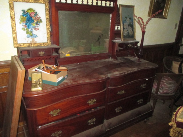 Large Antiques Living Estate Auction, Bristol TN - IMG_2489.JPG
