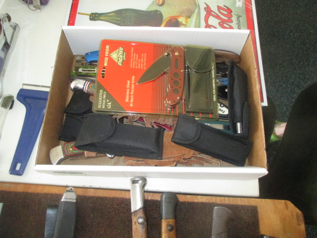John Cole Estate Auction-Tools. Knives, Toys, Trains, Guns and More Elizabethton - IMG_2563.JPG