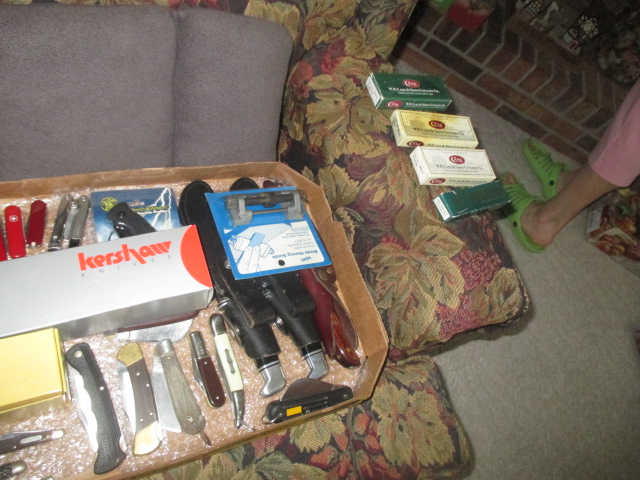 John Cole Estate Auction-Tools. Knives, Toys, Trains, Guns and More Elizabethton - IMG_2573.JPG