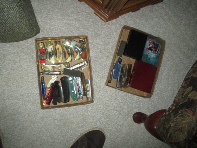 John Cole Estate Auction-Tools. Knives, Toys, Trains, Guns and More Elizabethton - IMG_2574.JPG
