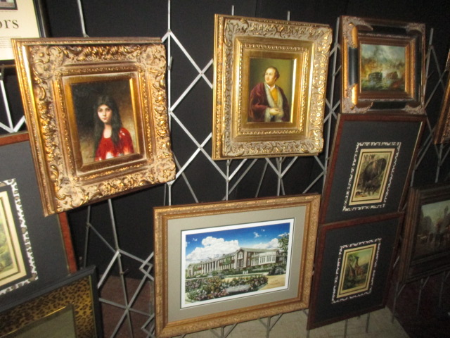 Labor Day Monday Auction 10:30 am September 1st - IMG_2821.JPG