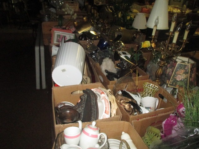 Labor Day Monday Auction 10:30 am September 1st - IMG_2827.JPG