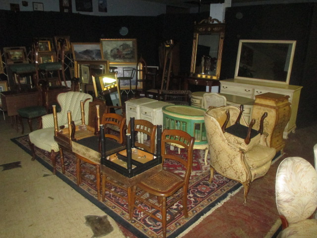 Labor Day Monday Auction 10:30 am September 1st - IMG_2829.JPG