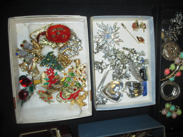 Labor Day Monday Auction 10:30 am September 1st - IMG_2839.JPG