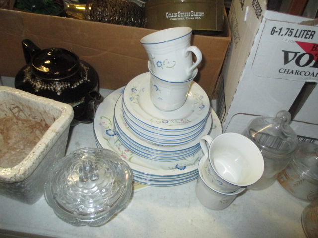 Labor Day Monday Auction 10:30 am September 1st - IMG_2854.JPG