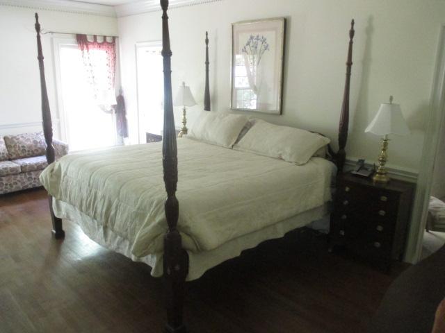Living Estate Jonesborough Tennessee - IMG_3062.JPG