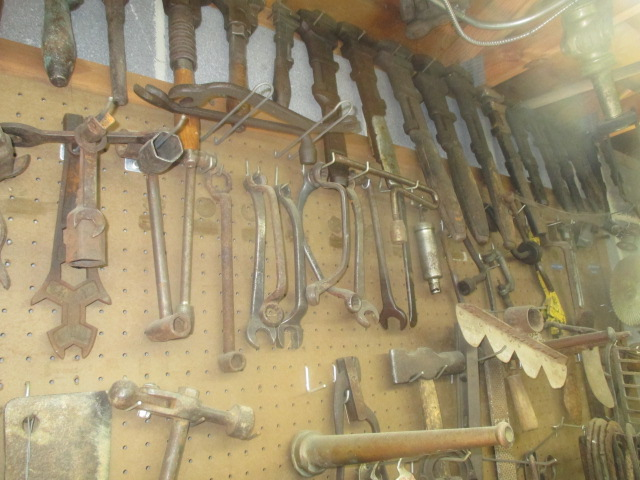 Mike Murray Estate Auction - IMG_3304.JPG