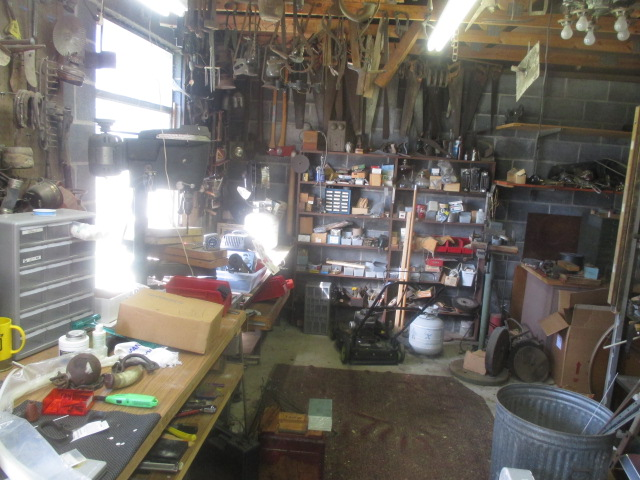 Mike Murray Estate Auction - IMG_3354.JPG