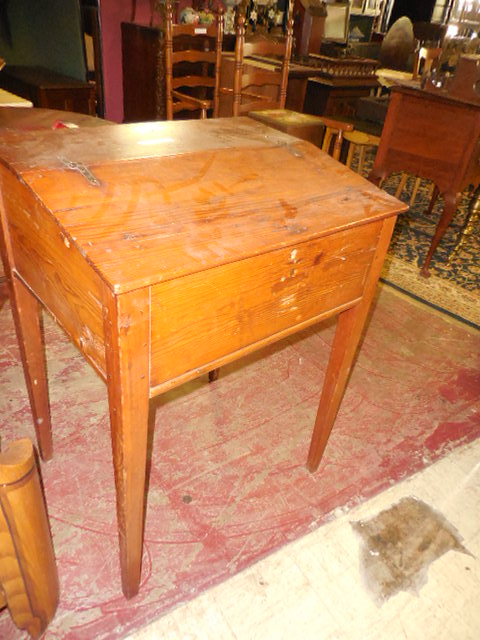 Thanksgiving Saturday Estate Auction and More - DSCN0514.JPG