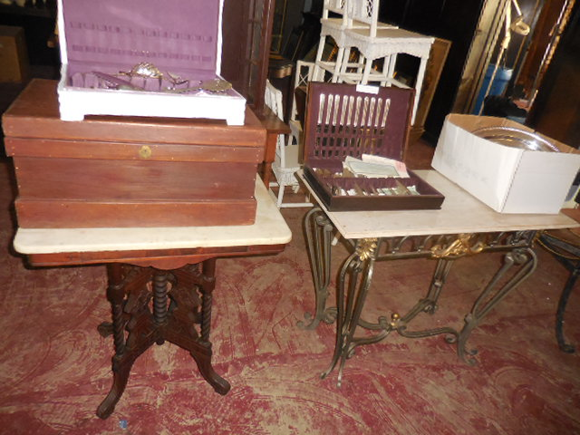 Thanksgiving Saturday Estate Auction and More - DSCN0523.JPG