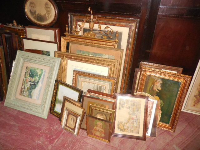 Thanksgiving Saturday Estate Auction and More - DSCN0532.JPG