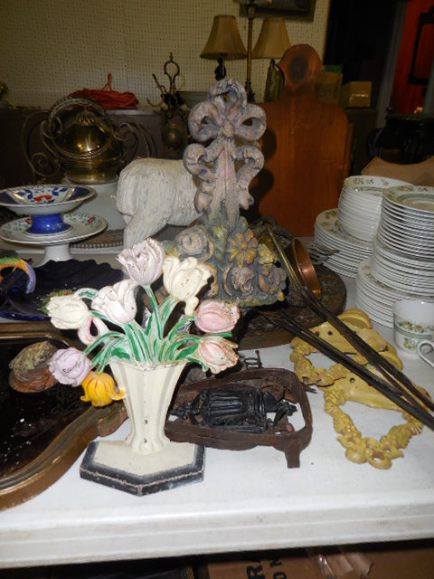 Thanksgiving Saturday Estate Auction and More - DSCN0538.JPG