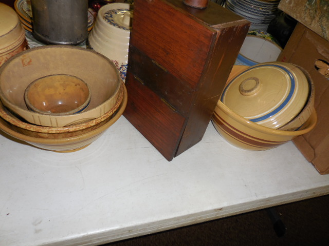 Thanksgiving Saturday Estate Auction and More - DSCN0543.JPG