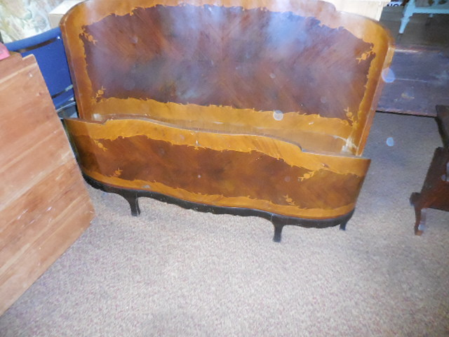 Thanksgiving Saturday Estate Auction and More - DSCN0545.JPG
