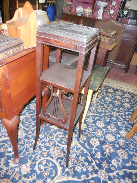 Thanksgiving Saturday Estate Auction and More - DSCN0547.JPG