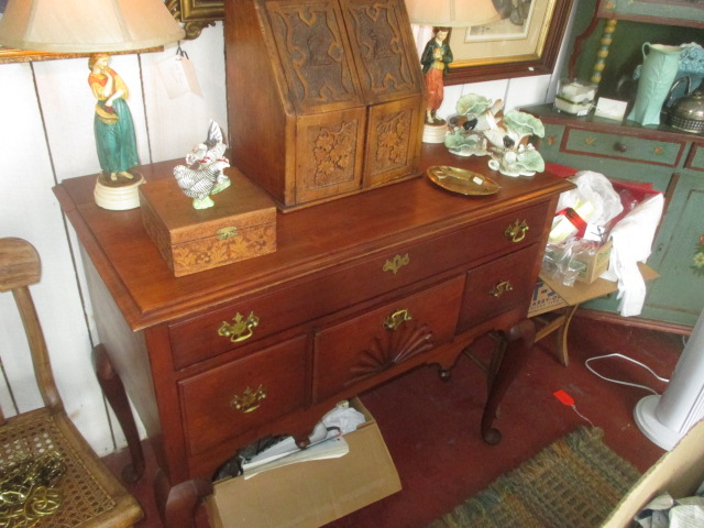 Thanksgiving Saturday Estate Auction and More - IMG_3090.JPG