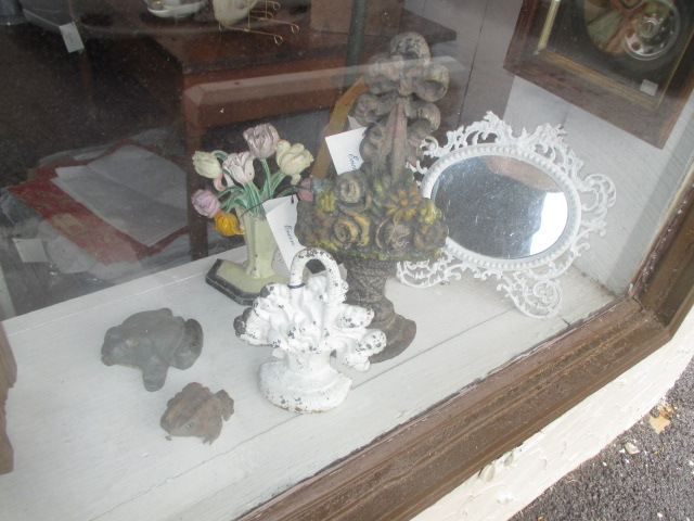 Thanksgiving Saturday Estate Auction and More - IMG_3129.JPG