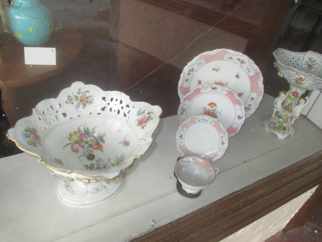 Thanksgiving Saturday Estate Auction and More - IMG_3130.JPG