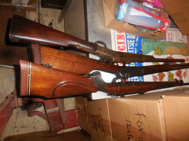 25th Annual Thanksgiving Auction  - DSCN3329.JPG