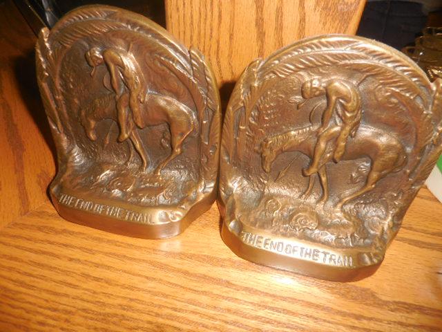 Colonel Frank and Dr. Ginger Rutherford Estate- Antiques, Clocks, Upscale Furnishing - DSCN5016.JPG