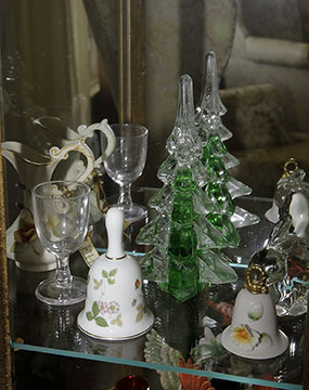 Colonel Frank and Dr. Ginger Rutherford Estate- Antiques, Clocks, Upscale Furnishing - JP_3006_LO.jpg
