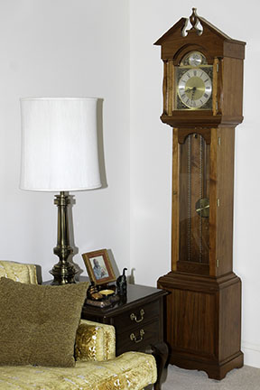 Colonel Frank and Dr. Ginger Rutherford Estate- Antiques, Clocks, Upscale Furnishing - JP_3009_lo.jpg