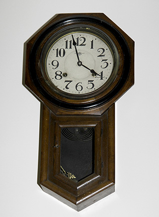 Colonel Frank and Dr. Ginger Rutherford Estate- Antiques, Clocks, Upscale Furnishing - JP_3061_LO.jpg