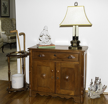 Colonel Frank and Dr. Ginger Rutherford Estate- Antiques, Clocks, Upscale Furnishing - JP_3075_LO.jpg