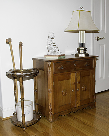 Colonel Frank and Dr. Ginger Rutherford Estate- Antiques, Clocks, Upscale Furnishing - JP_3083_LO.jpg
