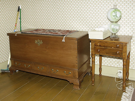 Chesla  and Ruth Sharp Lifetime Fine Antiques Collection and Historic House Auction - JP_7504_lo.jpg