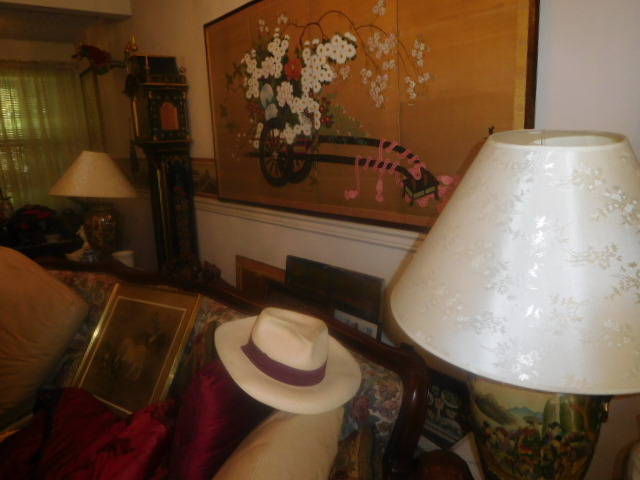 Labor Day Monday Estates- Dont Miss this auction- Unbelievable  - DSCN0384.JPG