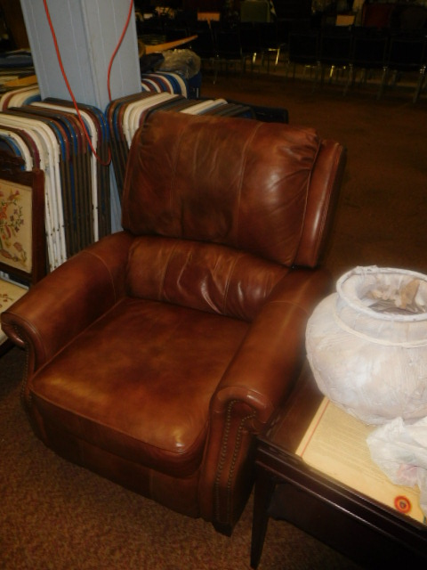 Labor Day Monday Estates- Dont Miss this auction- Unbelievable  - DSCN0704.JPG