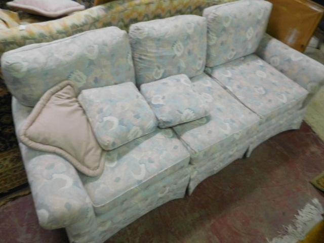 Antique and Estates Auction - DSCN1160.JPG