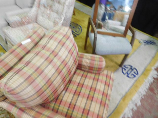 Antique and Estates Auction - DSCN1161.JPG