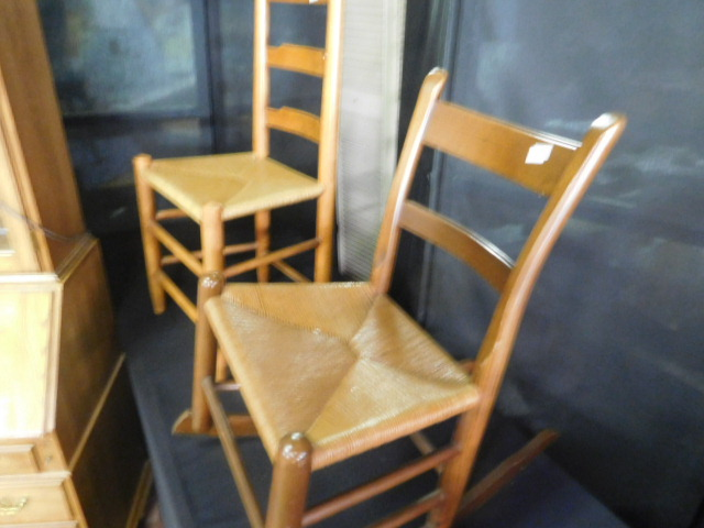 Antique and Estates Auction - DSCN1170.JPG