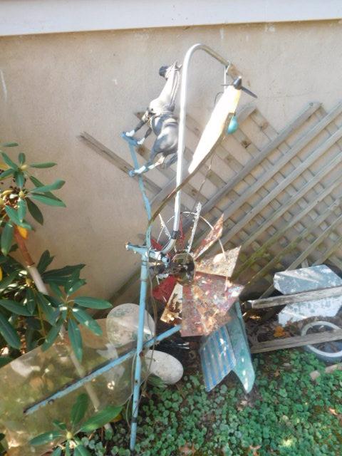 Yard Art, Stones, Carving,Vessels, Whirligigs, Folk Art from the Estate Of Mark King - DSCN1304.JPG