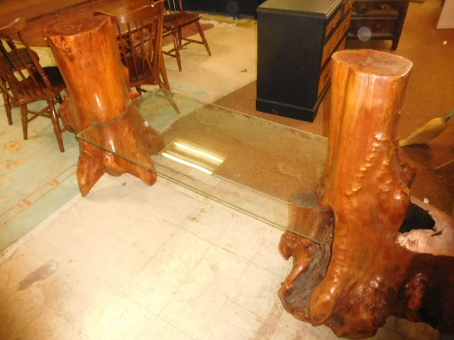 Estate Auction with some cool items - DSCN1929.JPG