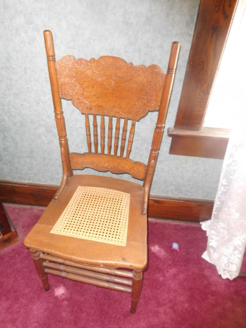 Living Estate Auction Jonesborough Tn. Real Estate and Antiques - DSCN1421.JPG