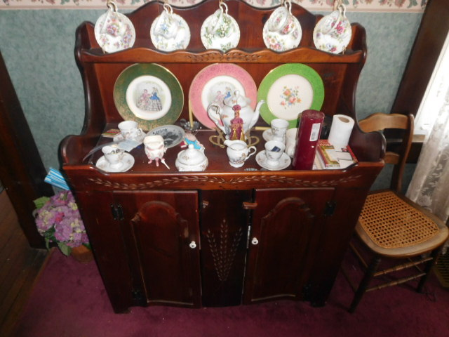 Living Estate Auction Jonesborough Tn. Real Estate and Antiques - DSCN1425.JPG