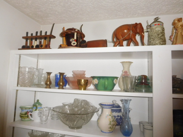Lillian Yount Living Estate Auction- Antiques -Household and Real Estate - DSCN1754.JPG