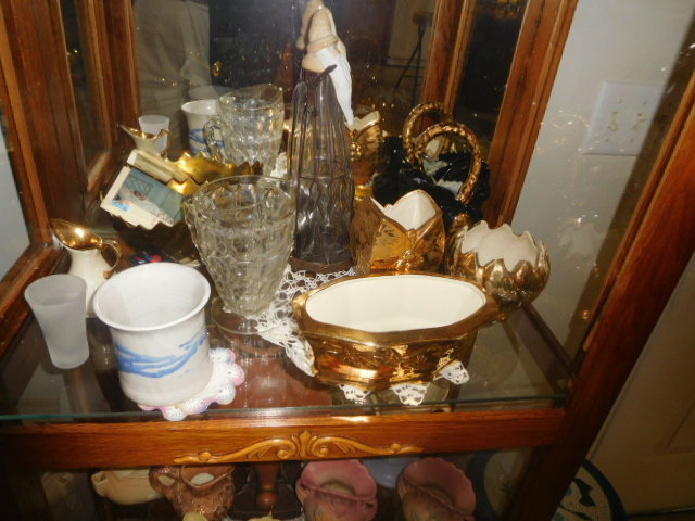 Lillian Yount Living Estate Auction- Antiques -Household and Real Estate - DSCN1756.JPG