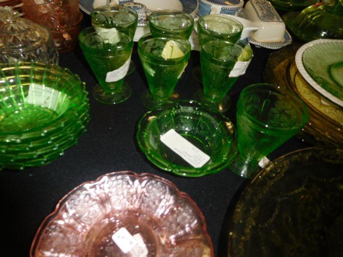 California Estate plus a Lifetime Depression Glass Collection - DSCN2552.JPG
