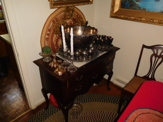 Reuben and Ruth Russell Estates Auction- Antiques-Real Estate- Rock Collection - DSCN3726.JPG
