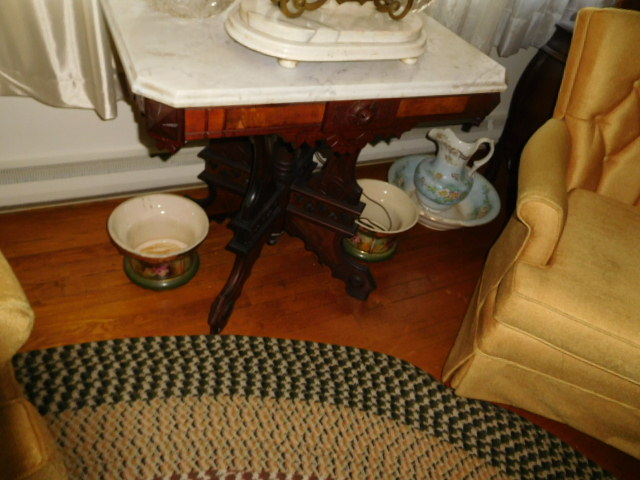 Reuben and Ruth Russell Estates Auction- Antiques-Real Estate- Rock Collection - DSCN3734.JPG
