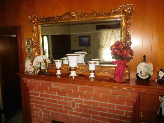 CHRISTINE OWEN   Estate Auction  Johnson City - DSCN4797.JPG